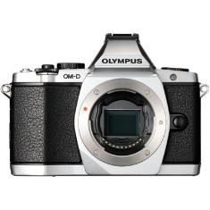 "OLYMPUS CAMARA DIGITAL OLYMPUS OM-D E-M5 PLATA 16MP (CUERPO) ISO HASTA 25600 FULL HD LCD 3"" ABATIBLE LITIO"